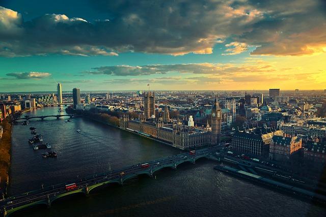 house sitting jobs London