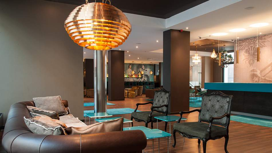 48 hours in Brussels- Motel one lounge