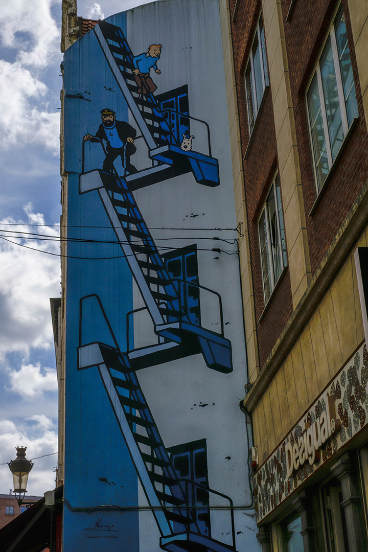 Brussels with kids- Tin Tin Street Art