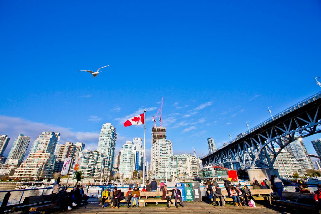 Vancouver family friendly hotels near Granville Island