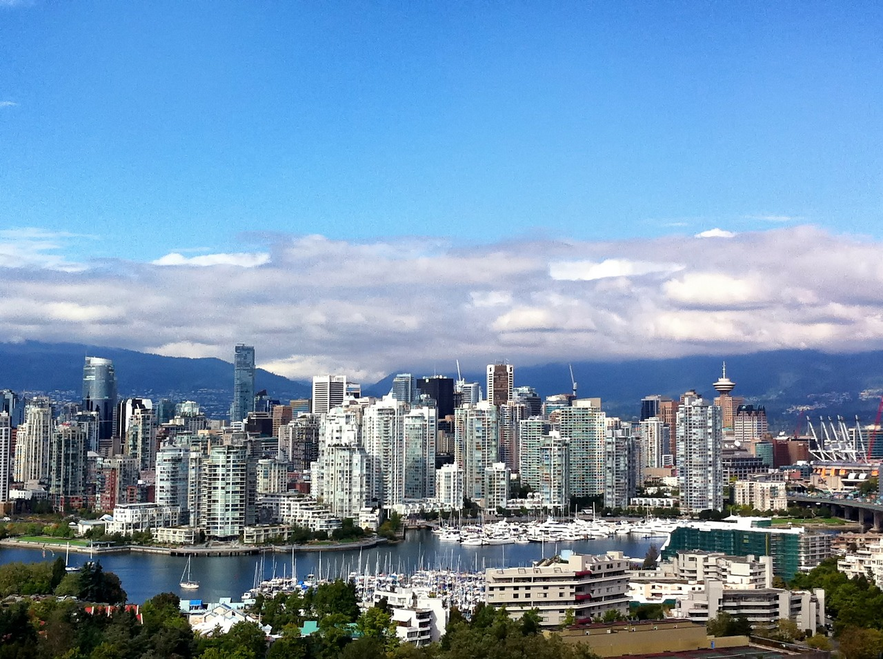 vancouver family friendly hotels