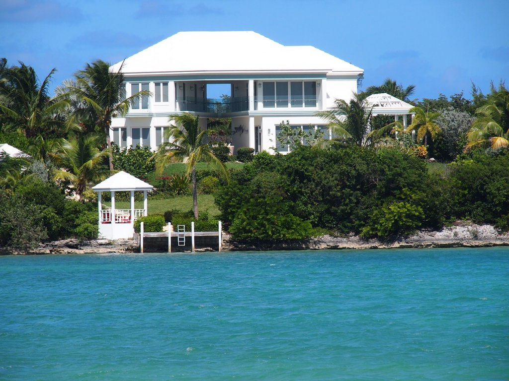 house sitting- beach house