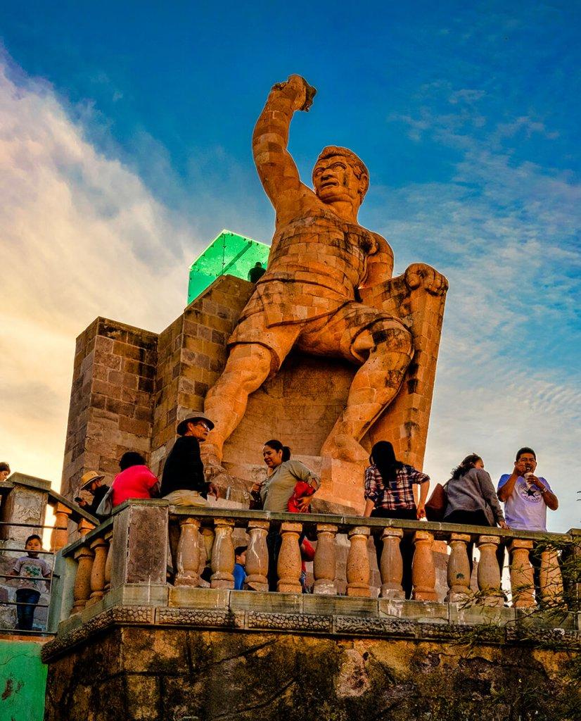 The best views in guanajuato, the pipila monument guanajuato
